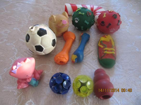 soft vinyl squeaky toys, please leave for cats and dogs